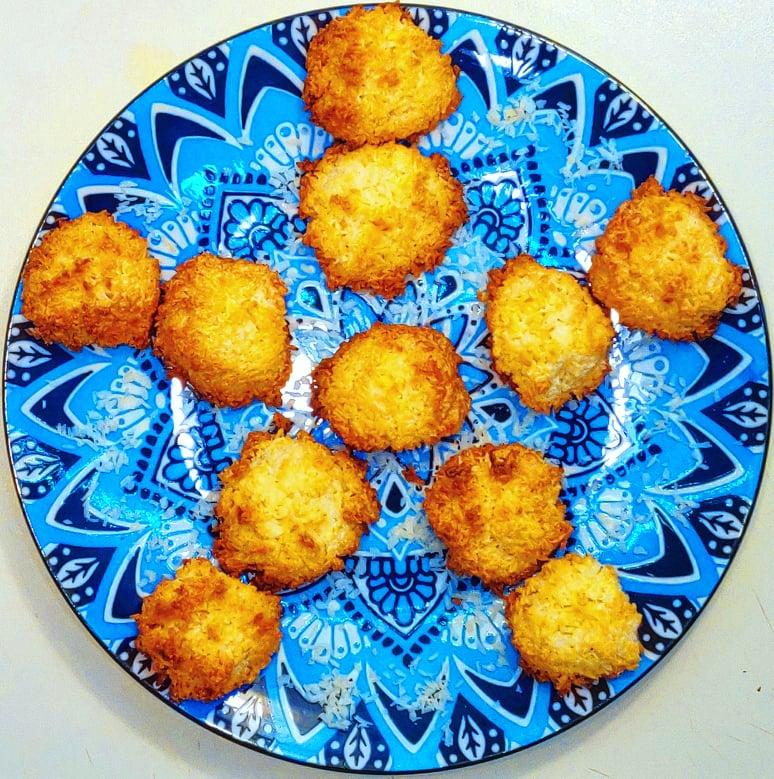 Macaroons cu nucă de cocos